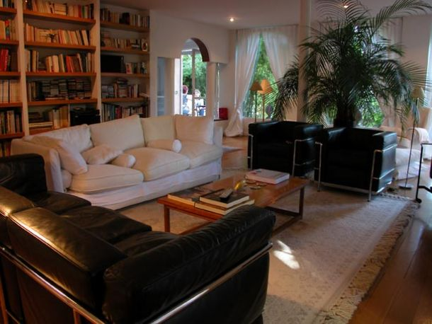 Casas bien decoradas casa con paisaje patio delantero y - Casas bien decoradas ...