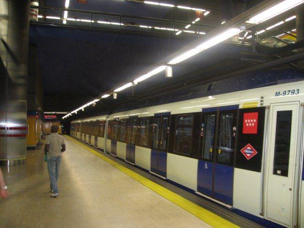 Denuncian tocamientos a una maquinista de metro - La maquinista metro ...